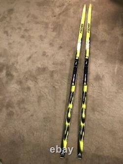195 cm Fischer SCS Cross Country skis Equipe Skate With Salomon PILOT bindings