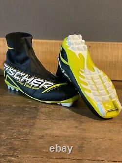 Fischer RCS Carbonlite Classic XC Cross Country Ski Boots Size EU 44.5