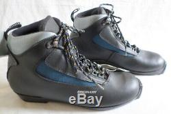 KARHU Discovery Ski Boots XC Cross Country SNS Size EUR 43 Shoes Touring Hungary