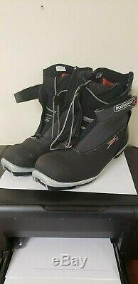 Rossignol X5 Thermo Fit Men's Cross Country Ski Boots Size 43 EU