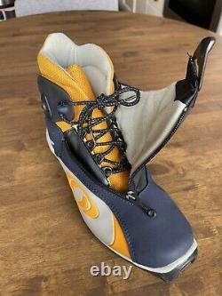 Salomon SNS Profil Cross Country Nordic Ski Boots Size EUR 42 UK 8 US 8.5